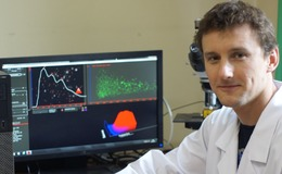 Dr Pawel Stelmachowski of the Jagiellonian University in Krakow, Poland with his NanoSight LM10 NTA