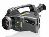 The FLIR GF304 thermal imaging camera
